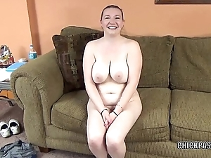 Busty housewife Evil Skye is swallowing a simulated cock