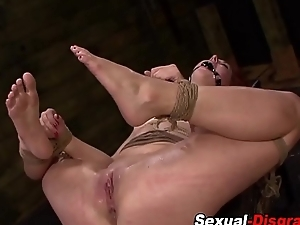 S&m slaves pussy caned