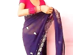 Indian Skirt Teaching her BF In any way To undress