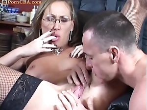 Muted milf like a deepthroat and anal