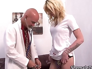 Tgirl gets cum facial