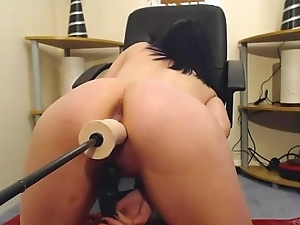 Hot cam babe apparatus fucking. More handy 747cams.com