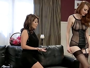 Lesbian Kendra James and Akira Lane
