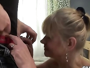 Grey sacky lady anal fucked wide her loose arsehole